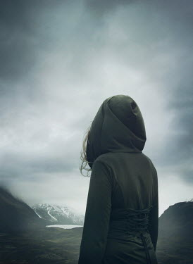 Mark Owen WOMAN IN HOOD WATCHING SNOWY MOUNTAINS AND LAKE Women
