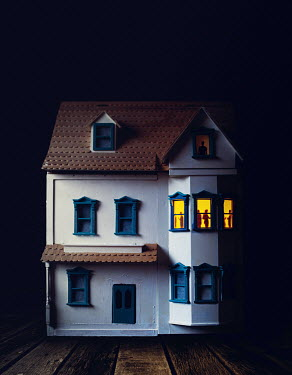 Marie Carr DOLLS HOUSE WITH CROWD IN LIT WINDOW Miscellaneous Objects