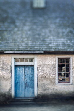 Lisa Bonowicz Door and window of house 840