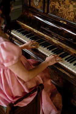 Shelley Richmond REGENCY WOMAN PLAYING PIANO Women