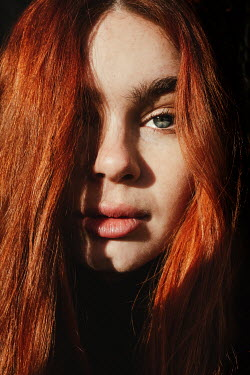 Matilda Delves SERIOUS GIRL WITH LONG RED HAIR Women