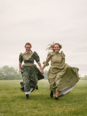 Elisabeth Ansley TOW HAPPY HISTORICAL WOMEN RUNNING OUTDOORS Women