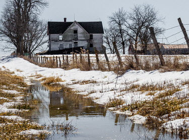 Rodney Harvey Abandoned house by stream