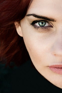 Yolande de Kort WOMAN WITH GREEN EYES AND AUBURN HAIR