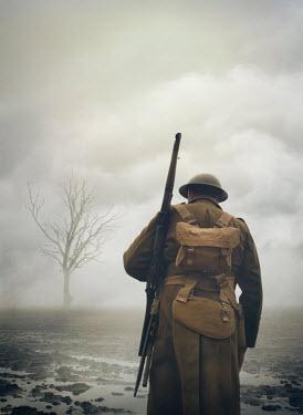 Mark Owen WW1 SOLDIER IN MUDDY FOGGY BATTLEFIELD