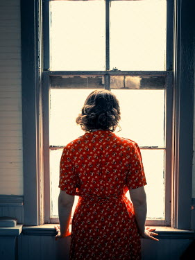 Elisabeth Ansley RETRO BRUNETTE WOMAN WATCHING AT WINDOW