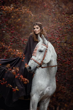 Anna Sychowicz Medieval young woman riding on horse