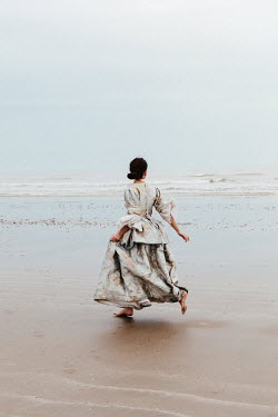 Matilda Delves HISTORICAL BRUNETTE WOMAN RUNNING BY SEA