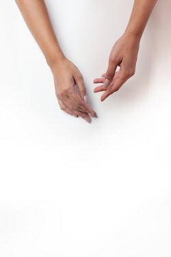 Kerstin Marinov FEMALE HANDS FROM ABOVE