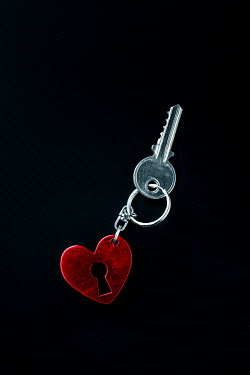 Magdalena Russocka heart shaped key ring with key