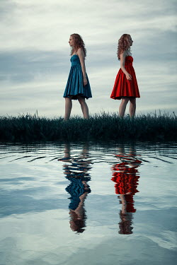 Magdalena Russocka two women walking by river