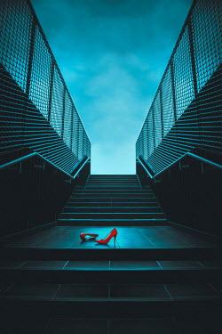 Joanna Czogala RED STILETTOS ON STEPS IN UNDERPASS