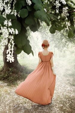 ILINA SIMEONOVA REGENCY WOMAN WITH BONNET WALKING IN PARK