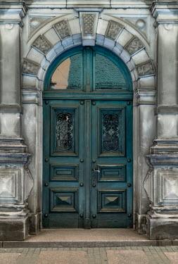 Jaroslaw Blaminsky ARCHED DOORWAY OF GRAND BUILDING