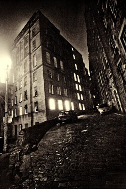 Laurence Winram CITY STREET AT NIGHT