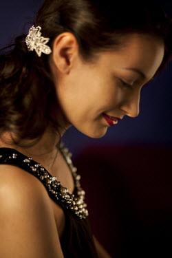 Laurence Winram PROFILE OF BEAUTIFUL WOMAN