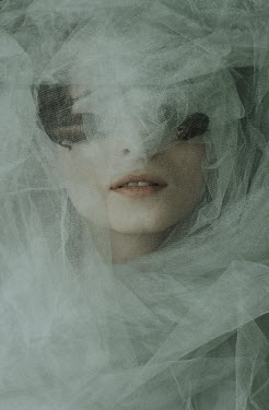 Daria Amaranth WOMAN COVERED BY VEIL WITH INSECTS