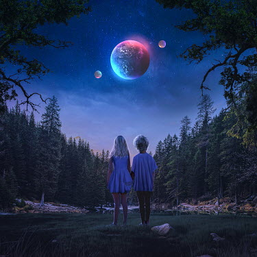 Michael Vincent Manalo YOUNG BOY AND GIRL IN COUNTRYSIDE AT NIGHT WATCHING PLANETS