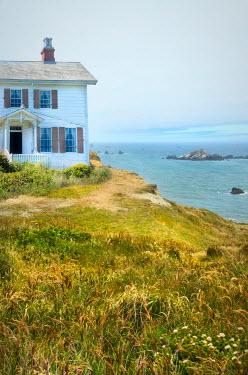 Jill Battaglia HISTORICAL HOUSE ON CLIFF BY SEA