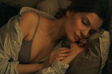 Maria Yakimova WOMAN WITH DARK HAIR LYING SLEEPING