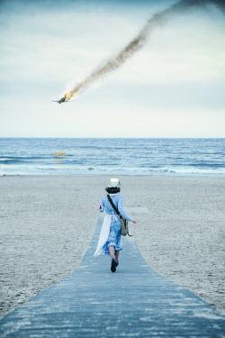 Natasza Fiedotjew war nurse running to shot aeroplane falling into sea