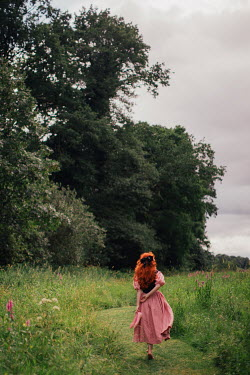 Rebecca Stice BAREFOOT WOMAN WALKING IN SUMMERY COUNTRYSIDE