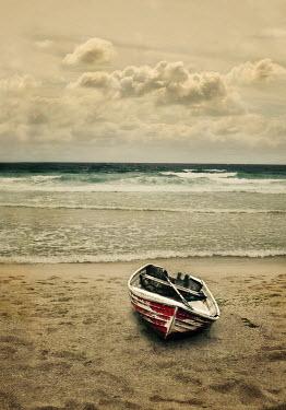 Lyn Randle SMALL ROWING BOAT ON SANDY BEACH