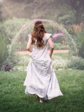 Elisabeth Ansley HISTORICAL BRUNETTE WOMAN WALKING SUMMERY GARDEN