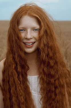 Natasha Yankelevich HAPPY GIRL WITH RED HAIR IN WHEAT FIELD