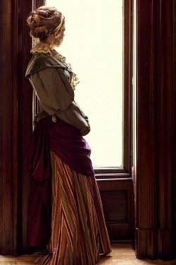 Elisabeth Ansley HISTORICAL WOMAN INDOORS WATCHING AT WINDOW