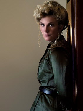 Elisabeth Ansley SERIOUS BLONDE HISTORICAL WOMAN INDOORS
