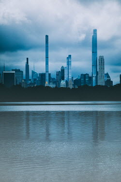 Des Panteva BUILDINGS AND LAKE IN CENTRAL PARK NEW YORK