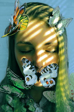 Elena Tyagunova BLONDE GIRL COVERED WITH BUTTERFLIES