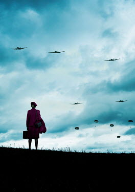 Stephen Mulcahey RETRO WOMAN WATCHING PLANES AND PARACHUTES