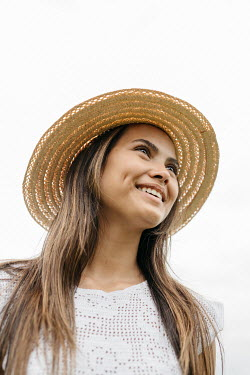 Shelley Richmond Young woman with straw hat