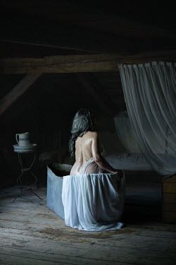 Natasza Fiedotjew historical mature woman bathing