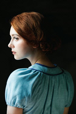 Natasza Fiedotjew young vintage woman in blue dress