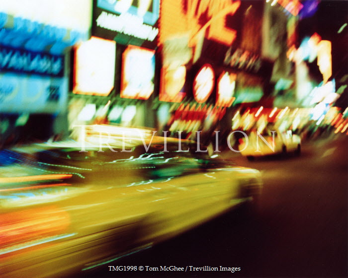 Tom McGhee NEW YORK TAXI AT NIGHT Cars