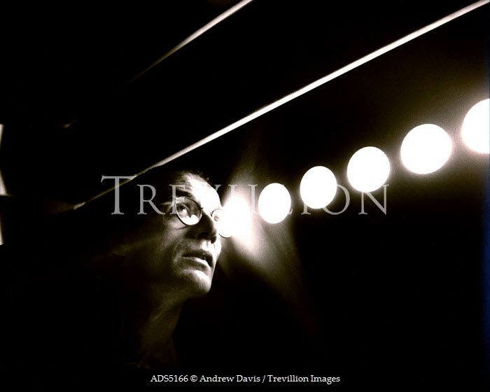 Andrew Davis MAN WITH GLASSES BY LIGHT Men
