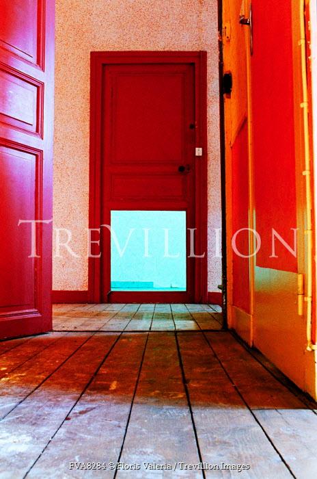 Floris Valeria RED DOORS IN HALLWAY WITH WOODEN FLOOR Interiors/Rooms