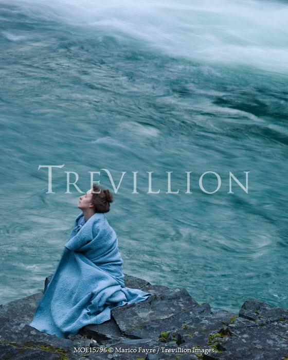 Marico Fayre WOMAN IN BLUE FABRIC BY SEA Women