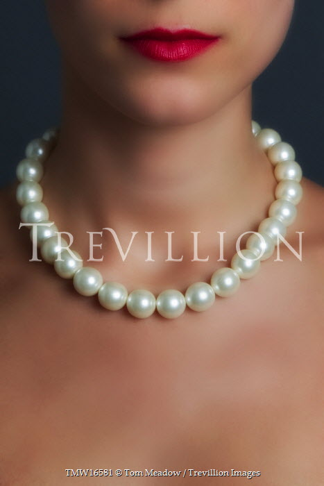 Tom Meadow WOMAN NECK PEARLS LIPS Women