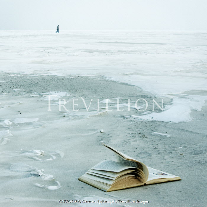Carmen Spitznagel ABANDONED BOOK ON SANDY BEACH Seascapes/Beaches