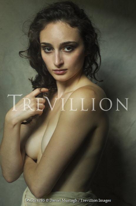 naked pics of latin woman