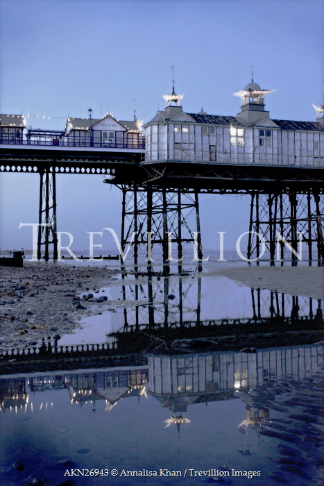Annalisa Khan PIER BY SEA WITH TIDE Seascapes/Beaches