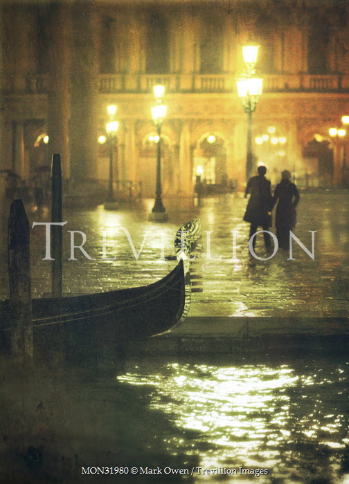 Mark Owen COUPLE IN VENICE AT NIGHT Couples