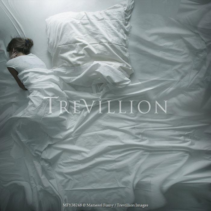 Mariesol Fumy WOMAN SLEEPING IN WHITE BED Women