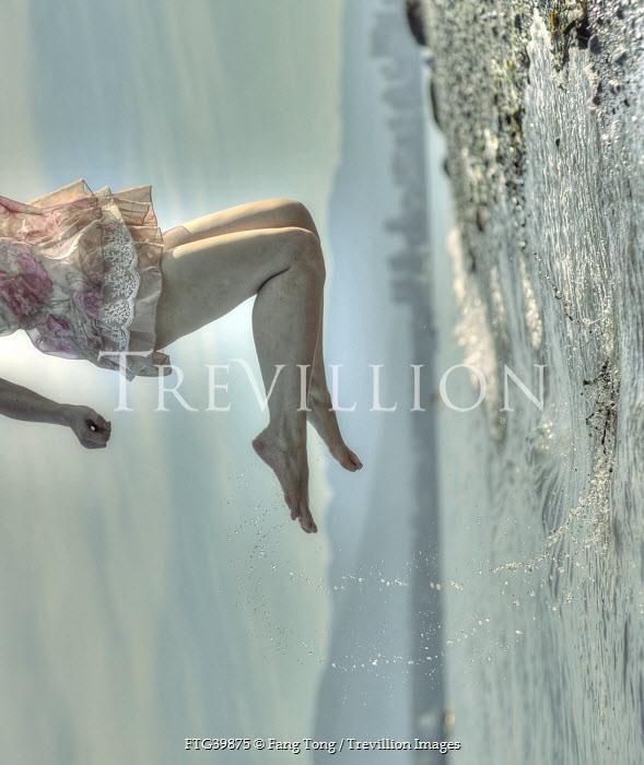 Fang Tong WOMAN JUMPING OUT OF WATER Women