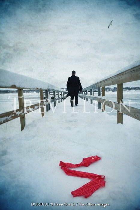 Dave Curtis MAN AND ABANDONED SCARF ON SNOWY PIER Men