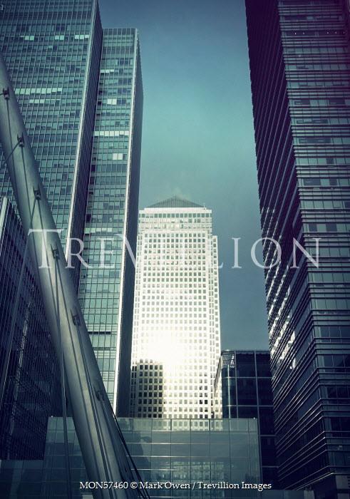 Mark Owen HIGH RISE OFFICES, CANARY WHARF, LONDON Miscellaneous Buildings